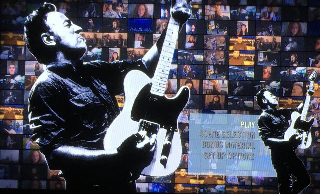 スプリングスティーン&アイ ボーナス映像ではポールとの共演ライブ