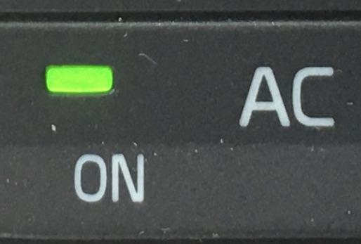 気になるカーエアコンのにおい 車用市販の除菌消臭剤で使ってみた